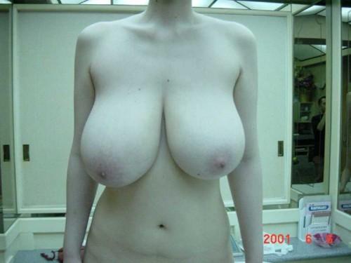 des gros seins naturels