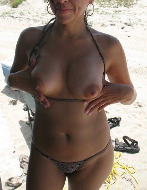 Les gros et beaux seins de sa femme