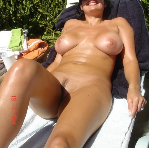 Poser nue sur sa terrasse