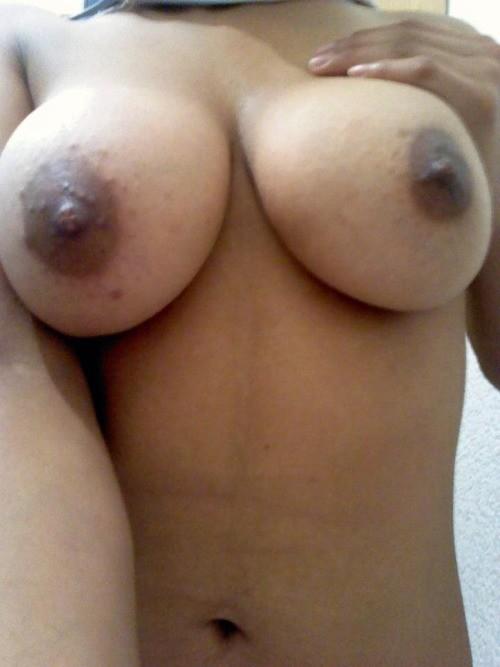 Gros seins de beurette sexe