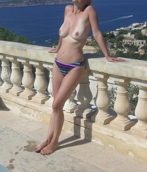 Topless au soleil