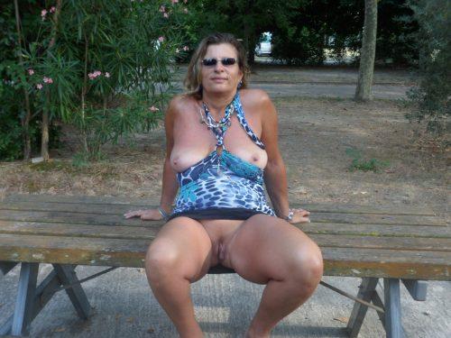nue à Avignon